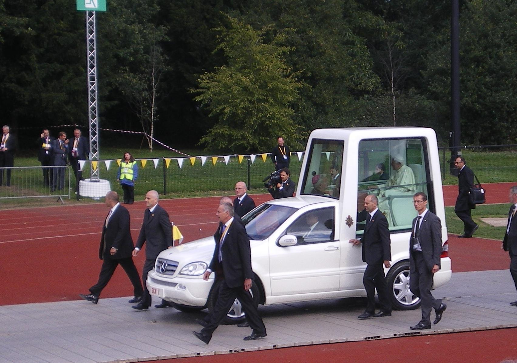 visit-of-pope-benedict-017
